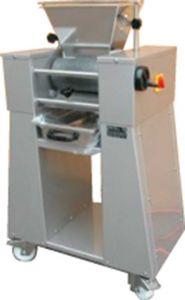 Einzelwalzenreibmaschine Artech WD-3001
